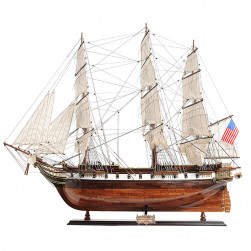 Maquette USS Constellation